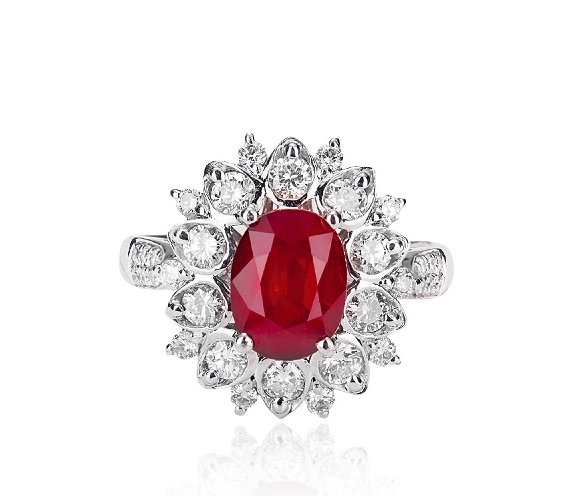 48克拉莫桑比克红宝石戒指