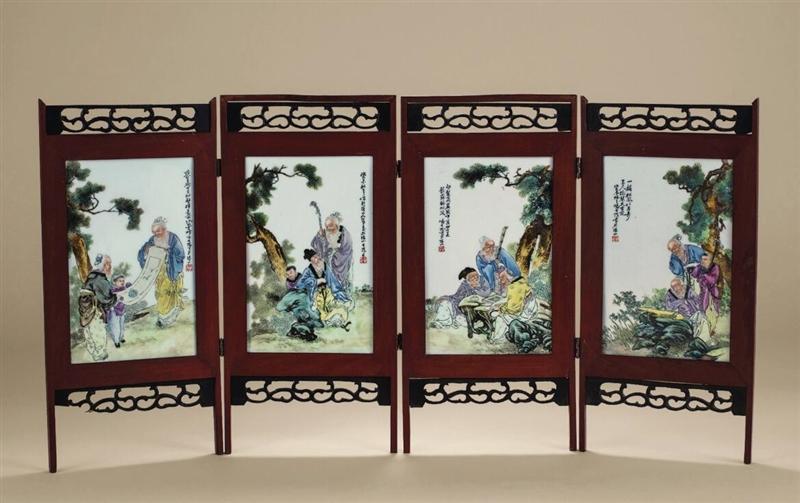 民国 冯大陀粉彩人物册页