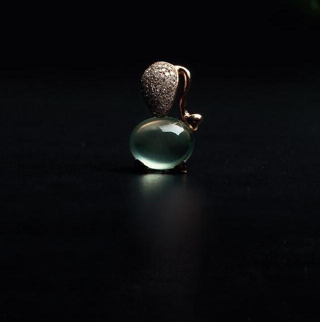 金钻葡萄石小猫吊坠